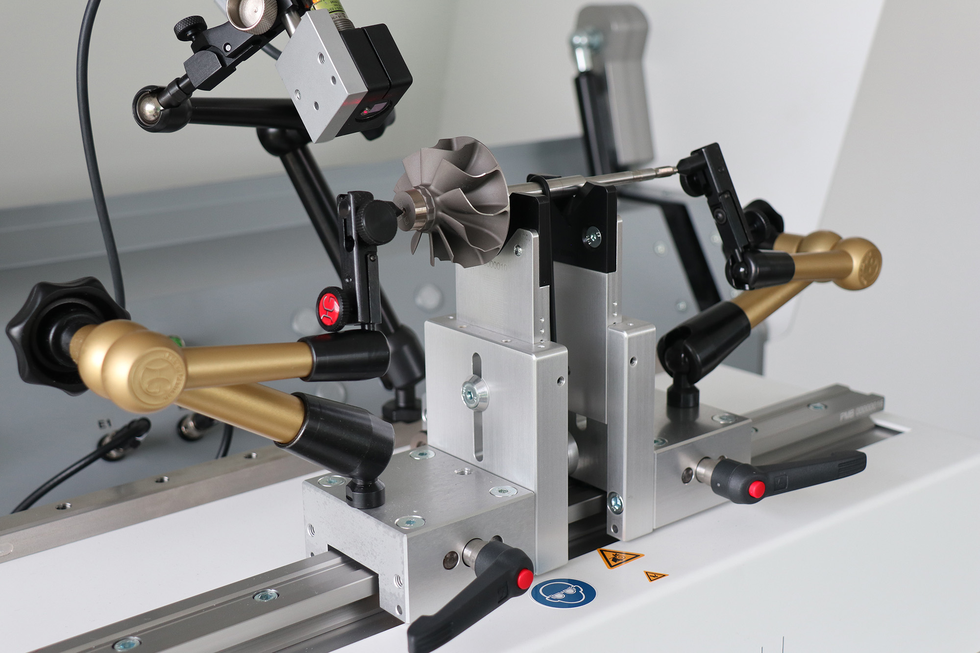 PMB Bobertag-caroba-balancer-universal-500-auflagerboecke-gleitlagerprismen