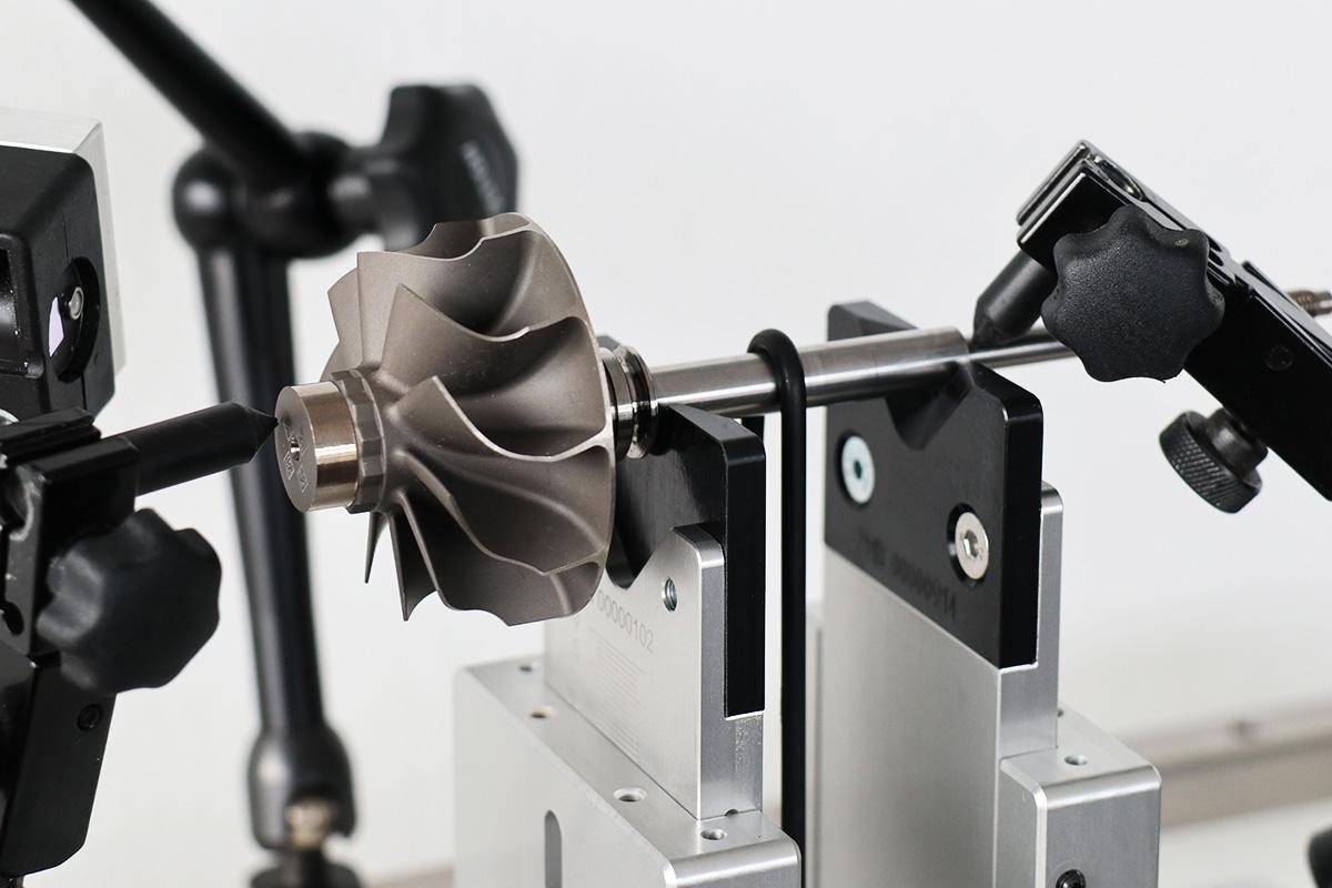 pmb-bobertag-auswuchttechnik-turbinenlaeufer-prismen